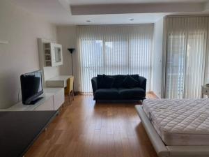 เช่าคอนโดสาทร นราธิวาส : Big studio room near Lumpini park for rent
