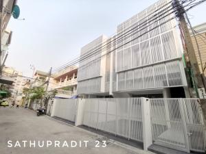 เช่าบ้านพระราม 3 สาธุประดิษฐ์ : ✨👑ปล่อยเช่าอาคารทาวน์โฮม/ทาวน์เฮ้าส์/บ้านแฝด 3 ชั้น (สร้างใหม่ พร้อมเข้าอยู่)👑✨🎈🎊NEWLY BUILT  3-STOREY TOWNHOME/TOWNHOUSE/TWINHOUSE FOR RENT