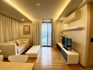 For RentCondoSukhumvit, Asoke, Thonglor : FOR RENT : Via Botani Sukhumvit 47 (Thonglor) 2 Bedroom 2 Bathroom 70.6 Sqm. On 6 th floor (Corner Unit)