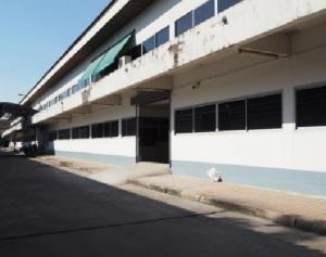 For RentWarehouseLadprao101, The Mall Bang Kapi : For Rent With offices, Soi Ladprao 101, very good location, 450 square meters area and 1000 square meters in and out of the container.