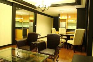 For SaleCondoSathorn, Narathiwat : 2 Bedroom Condo for Sale at Sathorn Gardens
