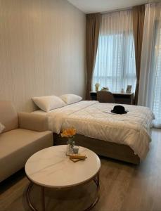 For RentCondoOnnut, Udomsuk : KnightsBridge Prime onnut for rent, studio room, 17th floor, unblocked view, not hot sun, cool breeze