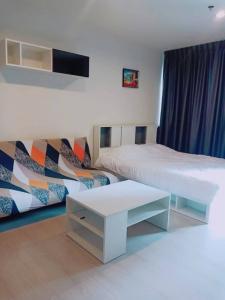 For RentCondoRama9, RCA, Petchaburi : For rent Rhythm Asoke, good view, fully furnished, has washing machine, 23 sqm., 10,000 per month