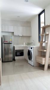 For RentCondoRama9, RCA, Petchaburi : Life Asoke for rent 1 bedroom, 35 sqm, North facing, Floor 25th