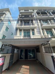 For SaleShophouseLadkrabang, Suwannaphum Airport : 4 storey building for sale, decorated RK Biz Center, parallel to the Rama 9 motorway