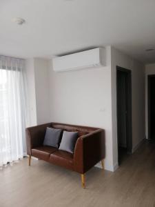 For RentCondoSapankwai,Jatujak : For rent Metroluxe RoseGold Phahon-Sutthisan, 2 bedrooms, 53 sqm, 8th floor / 19,000B, near BTS Saphan Khwai.