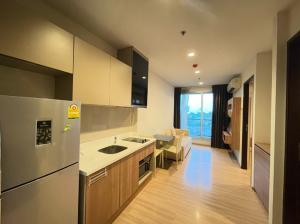 For RentCondoSathorn, Narathiwat : Rhythm Sathorn > Fully Furnished, beautiful room, rental price only 14,900 baht/month