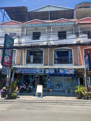 For SaleShophousePattaya, Bangsaen, Chonburi : Building 2 booths for sale with business