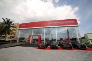 For SaleShowroomKaset Nawamin,Ladplakao : Brand new car showroom for sale, next to Prasert Manukit Road. (Agriculture - Nawamin)
