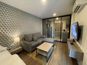 For RentCondoNawamin, Ramindra : New condo for rent, near the train station, central area