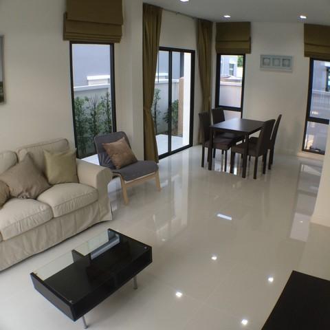 For RentHouseRamkhamhaeng, Hua Mak : 2 storey house for rent, Ramkhamhaeng area, Aura Ramkhamhaeng 94, opposite pasio Ramkhamhaeng, near expressway, motorway, ring road, near Kanchanaphisek, near Suvarnabhumi Airport