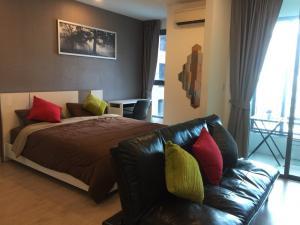 เช่าคอนโดสยาม จุฬา สามย่าน : ให้เช่า 1ห้องนอน วิวสระ Ideo Q chula samyan แต่งครบ