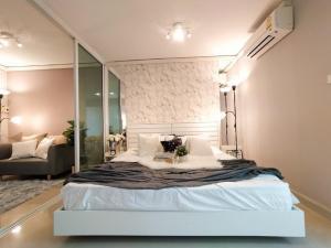 ขายคอนโดลาดพร้าว เซ็นทรัลลาดพร้าว : ขายถูก ห้องใหม่กริ๊บบบบ สวยสุดในโครงการ กั้นประตูอย่างสวย Regent Home 12 รีเจ้นท์ ลาดพร้าว BTS ภาวนา