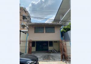 For SaleHouseRatchadapisek, Huaikwang, Suttisan : (Owner) 2 storey detached house for sale with land, Soi Pracha Uthit 10, near MRT Huai Khwang, area 26 sq.wa.