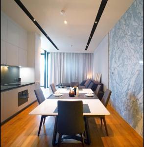 For RentCondoWongwianyai, Charoennakor : +++Urgent rent+++ Banyan Tree Residences Riverside Bangkok** 1 bedroom 87.1 sq m. Fully furnished, ready to move in.