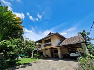 For SaleHouseRatchadapisek, Huaikwang, Suttisan : Single house 230 sq m, Pracha Uthit 21, Kasinee Ville Village.