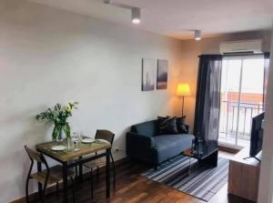 For RentCondoBangbuathong, Sainoi : Condo for rent at The Iris Westgate