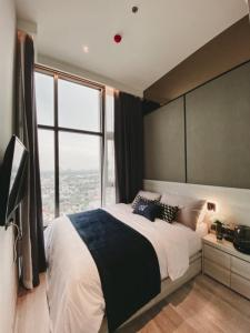 For SaleCondoOnnut, Udomsuk : HM-0167 for sale The Line Sukhumvit 101, beautiful room, high floor, fully furnished, ready to move in. Convenient transportation near BTS Punnawithi