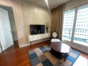 เช่าคอนโดวิทยุ ชิดลม หลังสวน : For Rent Pretty Room Best Deal and Location at The Address Chidlom0645414424