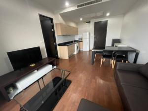 For RentCondoWitthayu,Ploenchit  ,Langsuan : For rent 1 bedroom 20,000 baht only The Address Chidlom project 0645415524
