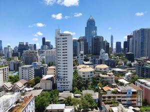 For RentCondoSukhumvit, Asoke, Thonglor : Condo for rent, Saranjai Mansion, Sukhumvit Soi 6, near BTS Nana 200 meters.