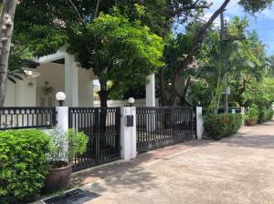 For RentHouseSukhumvit, Asoke, Thonglor : House for rent, Noble house village, Thonglor, rental price 120,000 baht / month