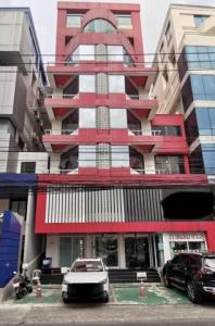 For SaleShophouseRama9, RCA, Petchaburi : BS729 8-storey building for sale, total usable area 1600 sq.m., with elevator, Rama 9 area, near MRT, suitable for office