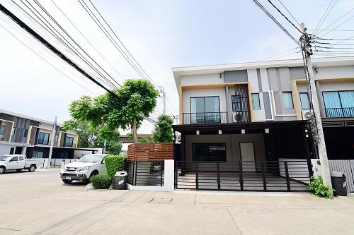 For SaleTownhouseVipawadee, Don Mueang, Lak Si : ขายทาวน์โฮม เดอะคอนเนค 37 ขนาด 30.2 ตรว.หลักสี่ดอนเมือง หลังมุม