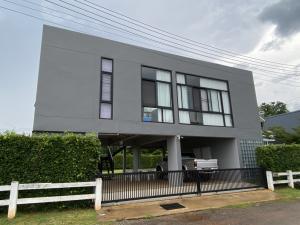 For SaleHouseKorat KhaoYai Pak Chong : Modern house for sale in Chertam, Mu Si, Khao Yai.