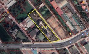 For SaleLandRamkhamhaeng,Min Buri, Romklao : Land adjacent to Prachama Ruamjai Road, size 3 rai (attached to property)