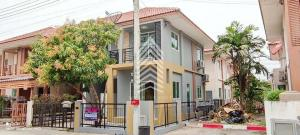 For SaleTownhouseRangsit, Patumtani : Sell/rent I Leaf Town University, the lowest price, lower than the appraised price 2,500,000 baht.