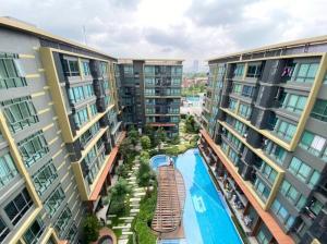 ขายคอนโดสะพานควาย จตุจักร : Metro Luxe Rose Gold Phaholyothin-Sutthisan Condo for rent : 2 bedrooms 2 bathrooms for 53 sqm. Pool View.on 8th floor with fully furnished and electrical appliances.Just 550 m. to Taksin University , 700 m. to Suthisan
