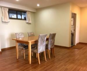 For SaleCondoSukhumvit, Asoke, Thonglor : Condo for sell Royal Castle Type 3 bedroom 2 bathroom Size 140 sq.m. Floor 10