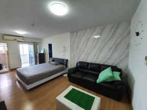 For SaleCondoKasetsart, Ratchayothin : Condo for sale Supalai Park Kaset fully furnished.