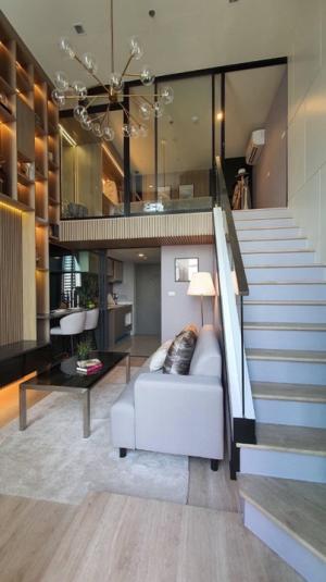 ขายคอนโดวงเวียนใหญ่ เจริญนคร : ขายคอนโด 2 ชั้น Hybrid Ideo sathorn-wongwianyai (ไอดีโอ สาทร-วงเวียนใหญ่) Studio hybrid 37 ตร.ม ราคา 4,390,000 ล้านบาท ฟลูเฟอร์ครบ พร้อมค่าใช้จ่าย