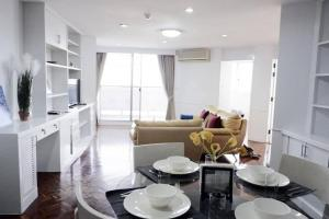 For RentCondoSukhumvit, Asoke, Thonglor : 🏚For rent Tai Ping Tower Condominium Sukhumvit 63 @ Tai Ping Towers Condominium Sukhumvit 63 (Ekkamai) price 30,000.-/month (Ekkamai) 2 bedrooms / 2 bathrooms / 116 sq.m., 6th floor, fully furnished + electrical appliances. fully