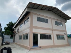 For RentWarehouseRathburana, Suksawat : Warehouse for rent, 146 sq.wa., 2 floors, 3 bedrooms, 2 bathrooms, Suksawat 70- ER-210137.