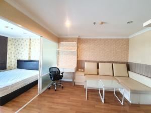 เช่าคอนโดพระราม 9 เพชรบุรีตัดใหม่ : ห้องสวย สะอาด พร้อมเครื่องซักผ้า  ลุมพินี เพลส พระราม 9 ตึก D ค่าเช่าเพียง 10,000 บาท พร้อมนัดชม