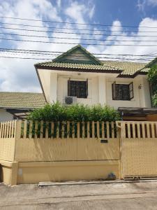 For SaleTownhouseBangbuathong, Sainoi : Townhouse for sale behind the edge of Pruksa 25.