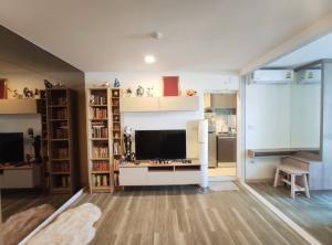 For SaleCondoOnnut, Udomsuk : Condo for sale, Moniiq Sukhumvit 64, area 28.25 sq.m., 2nd floor, Studio room with built-in furniture.