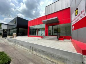 For RentWarehouseLadkrabang, Suwannaphum Airport : Code C4142 for rent, showroom, office, area 1 rai 42 square wa, Pattanakarn Road.