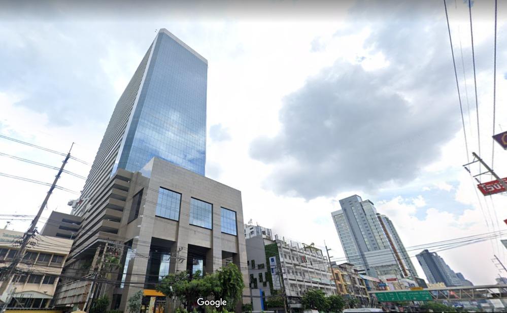 เช่าสำนักงานคลองเตย กล้วยน้ำไท : ออฟฟิศให้เช่า อาคารลุมพินี พระราม 4 พื้นที่เกือบ 300 ตร.ม.
