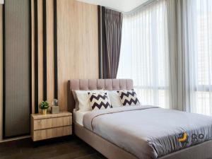 ขายคอนโดสุขุมวิท อโศก ทองหล่อ : ** ขาย The Lofts Ekkamai - ขนาด 65 ตร.ม. 2ห้องนอน ห้องสวย พร้อมอยู่ ใกล้ BTS เอกมัย **