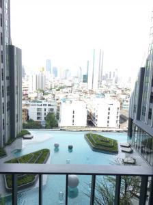 For RentCondoSiam Paragon ,Chulalongkorn,Samyan : Condo for rent, Ideo Q Chula-Samyan, 11th floor, pool view, very beautiful.