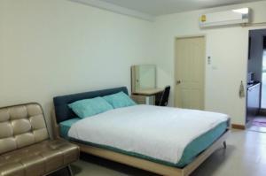 For RentCondoRatchadapisek, Huaikwang, Suttisan : Condo for rent Huai Khwang 8000 baht per month City Resort Ratchada Huay Khwang, City Resort Ratchada Huay Khwang Studio room