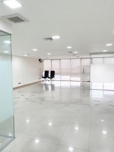 For RentOfficeSukhumvit, Asoke, Thonglor : Office for rent, Richmond Building, Sukhumvit 26, 20th floor, size 180 sq.m.