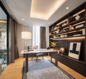 ขายบ้านสาทร นราธิวาส : Selling  : Single House with Private Pool & Private Lift in Sathon Yen Akard , 5 Bed 6 Bath , 6 Parking lot , 500 sqm , 4+1 Floors
