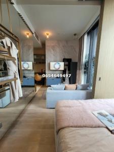 For SaleCondoSilom, Saladaeng, Bangrak : Free furniture Ashton silom 1 bedroom size 31 sq.m. If interested, contact 065-464-9497