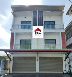 For SaleShophousePattaya, Bangsaen, Chonburi : L#OP445 3-storey commercial building for sale, 2 booths, Klaeng district, 1 ngan 5.4 sq.wa.