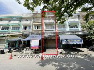 For SaleShophouseRamkhamhaeng, Hua Mak : Commercial building for sale, Soi Ramkhamhaeng 60, 16 sq m, 3.5 floors, only 50 meters from the main road, near the BTS Salali.